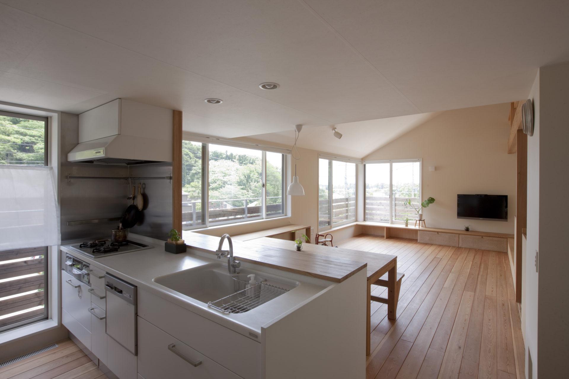 大磯の家 キッチン/Mアトリエ