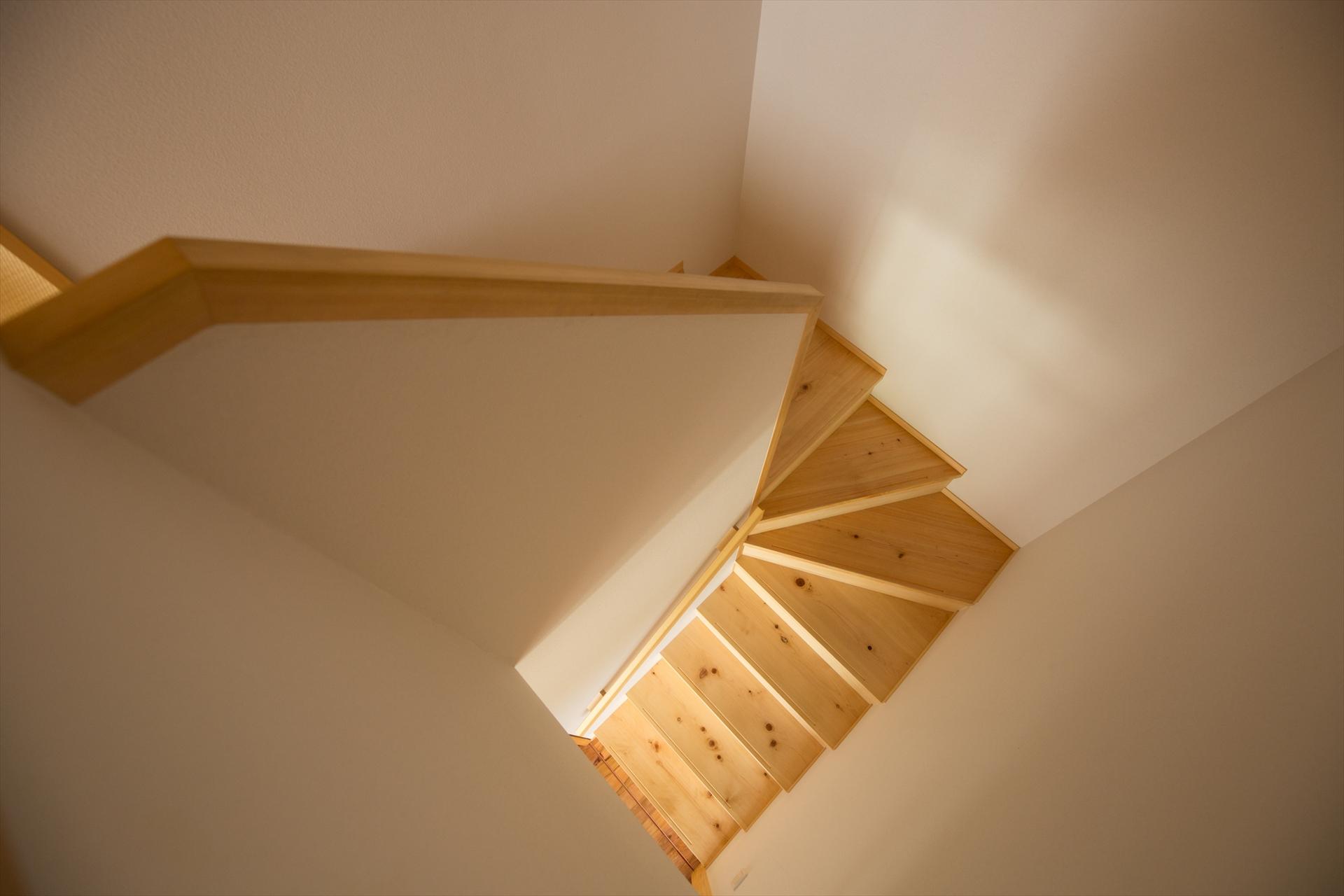 日向の家 階段/Mアトリエ