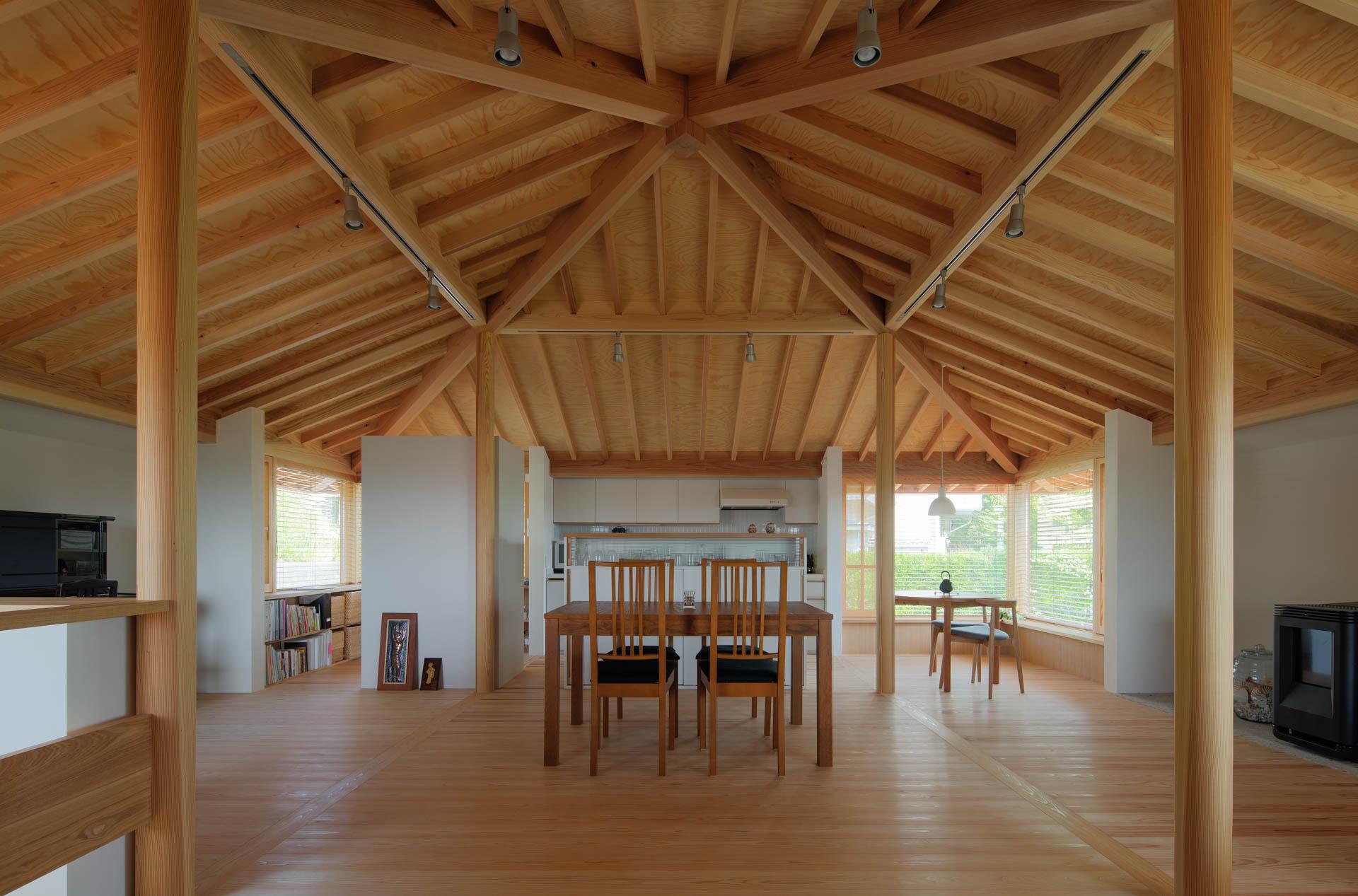 方形の家 LDK/Mアトリエ