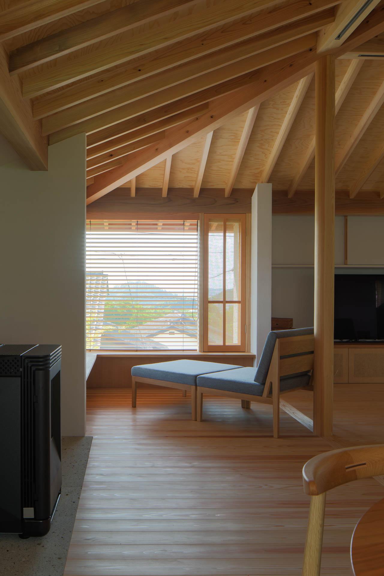 方形の家 リビング/Mアトリエ