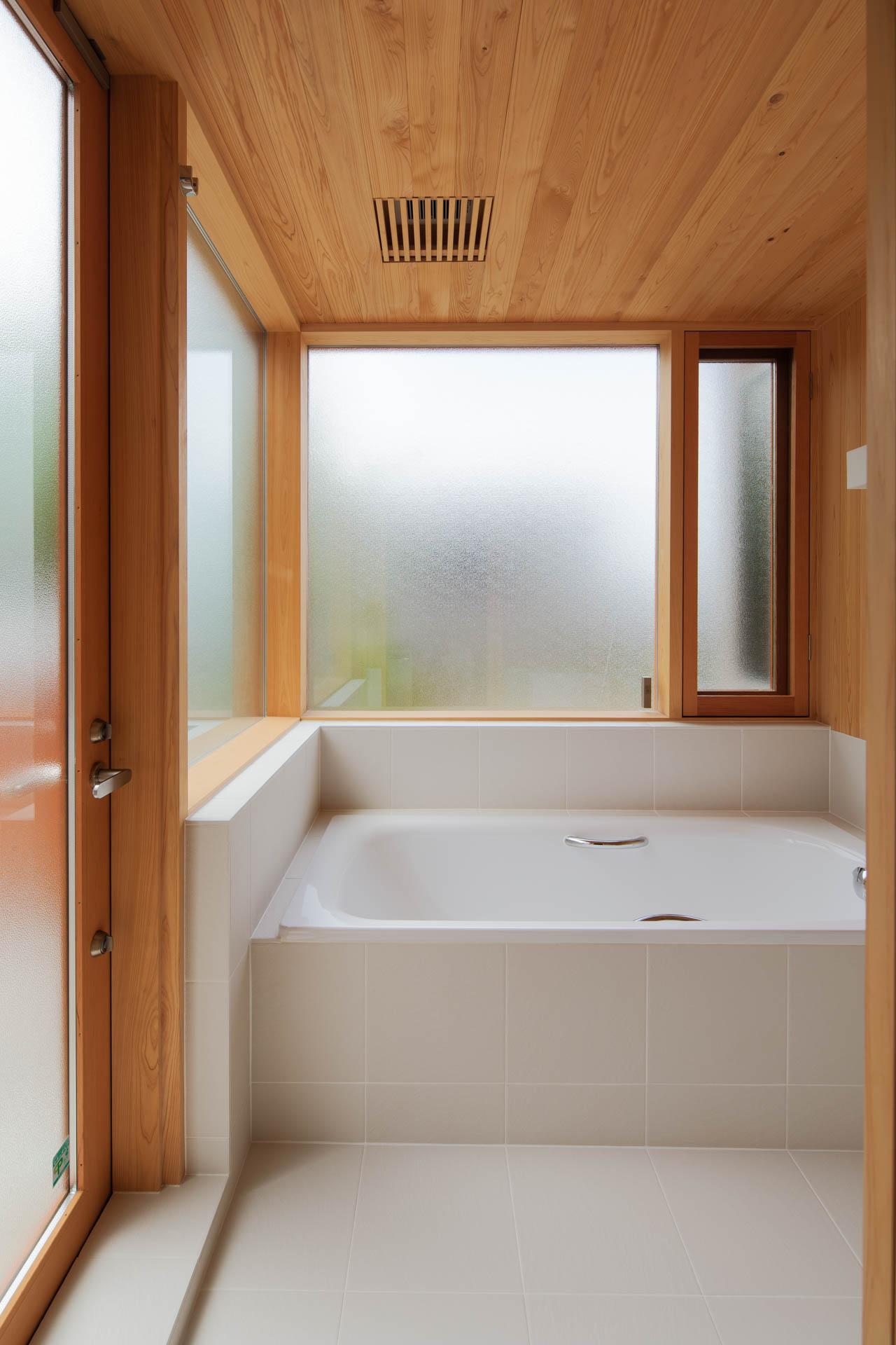 方形の家 浴室/Mアトリエ